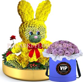 Заяц из цветов на золотом подносе + Розы в шляпной коробке