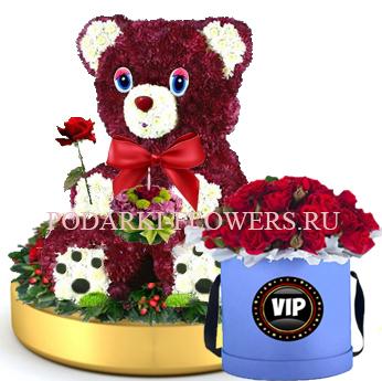 Мишка из цветов с тортом на золотом подносе + Розы в шляпной коробке