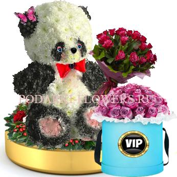 Панда из цветов с букетом роз на золотом подносе + Розы в шляпной коробке