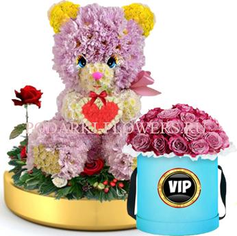Мишка из цветов с сердцем на золотом подносе + Розы в шляпной коробке