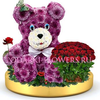 Мишка из цветов + корзинка цветов на золотом подносе
