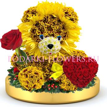 Лев из цветов + сердце из роз на золотом подносе