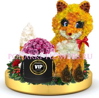Лисичка из цветов + розы в шляпной коробке на золотом подносе
