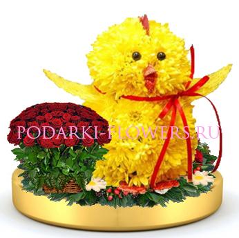 Цыпленок из цветов + корзинка цветов на золотом подносе