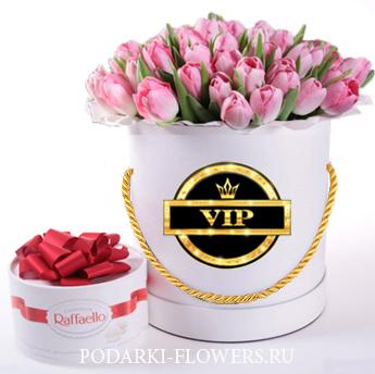 Тюльпаны розовые. 29-101 шт. Цветы в шляпной коробке