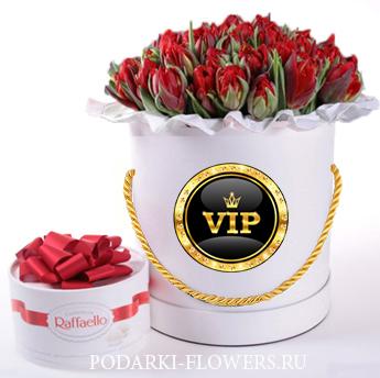 Тюльпаны красные. 29-101 шт. Цветы в шляпной коробке