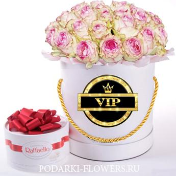 """Розы Эсперанс """"VIP"""". 29-61 шт. Цветы в шляпной коробке"""