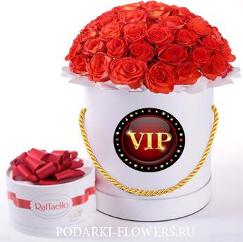 Коралловые розы. 29-61 шт. Цветы в шляпной коробке