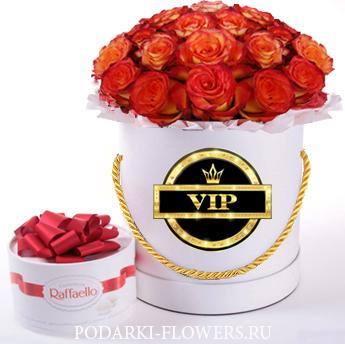 """Букет роз """"Фантазия"""". 29-61 шт. Цветы в шляпной коробке"""