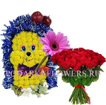 Ежик из цветов с букетом роз