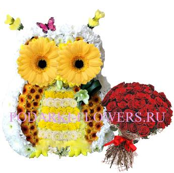 Сова из цветов с букетом роз