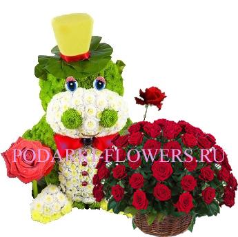 Бегемот из цветов + корзина из цветов