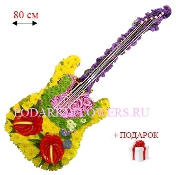 Гитара из живых цветов