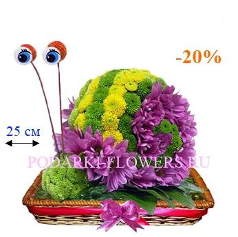 Улитка из живых цветов