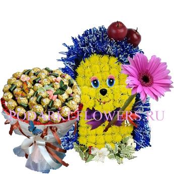 Ежик из цветов + букет из конфет