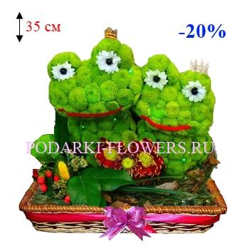 Лягушки из живых цветов