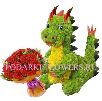 Дракон из цветов с букетом роз