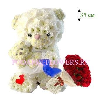 Мишка из цветов с ребенком + букет роз